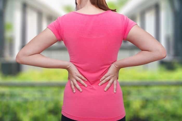انواع کمر درد خفیف و شدید به همراه راه های درمان بدون جراحی-min