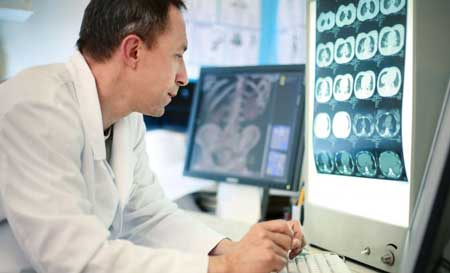 روش تشخیص بیماری توسط متخصص طب فیزیکی