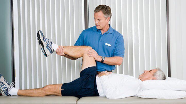 فیزیوتراپی برای درمان آرتروز ستون فقرات