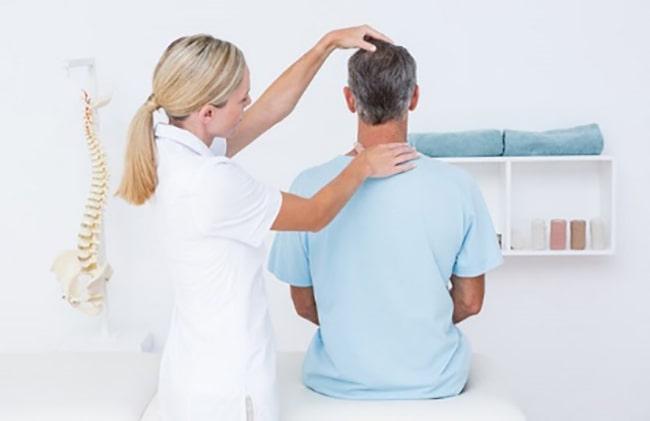 فیزیوتراپی برای درمان تنگی کانال نخاعی