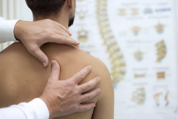 درمان درد کتف چپ با ماساژ درمانی