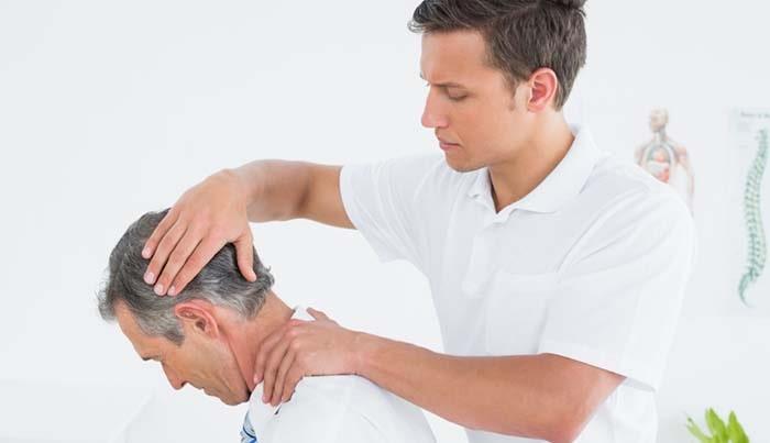 چگونه از گردن درد ناشی از بد خوابیدن جلوگیری کنیم?با ماساژ