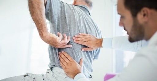 مانیپولاسیون و موبیلیزاسیون (درمانهای دستی) ستون فقرات برای درمان گودی کمر