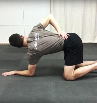 درمان خشکی کمر با ورزش
