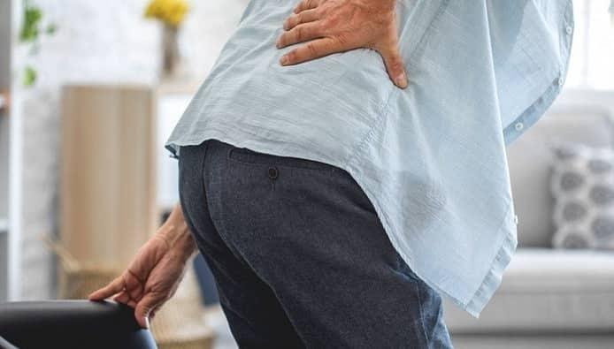 کمر درد التهابی چه نشانه هایی دارد؟ درمان کمر درد التهابی