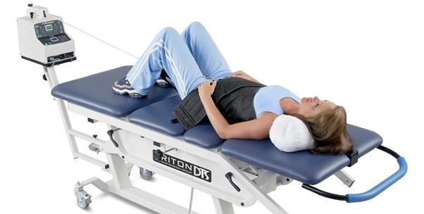 کشش ستون فقرات برای درمان کمر درد و دیسک